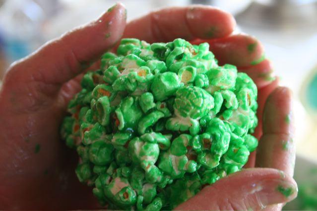molding-ball