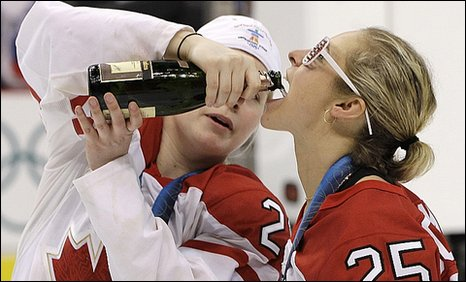 canada-women-hockey